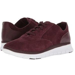 Vionic Taylor Suede Sneakers